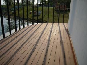 China Grooved outdoor wpc decking prices on sale