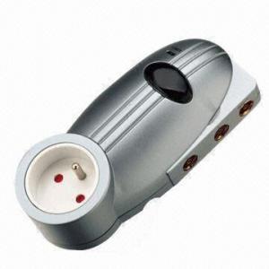China 4-way Plug-thru Distribution Antenna Amplifier, Comes in FR/AU Version on sale