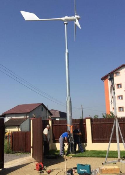 China 3kw wind turbine generator variable pitch controlled