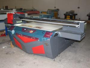 China Cyan / Magenta / Yellow UV Inkjet Printers , Large Format Digital Printing Machines on sale