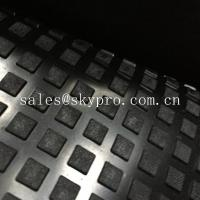 Solid Square Heavy Duty Rubber Mat With Water Proof Black Color Emboss Top IR Butyl