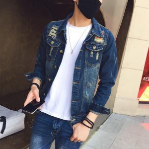 China 100 Percent Cotton  Simple Design Mens Jean Jackets , Mens Fashion Denim Jacket on sale