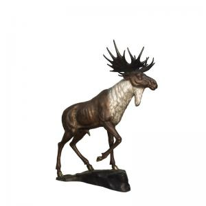 China Casting Metal Life Size Deer Lawn Ornaments / Bronze Deer Sculpture on sale