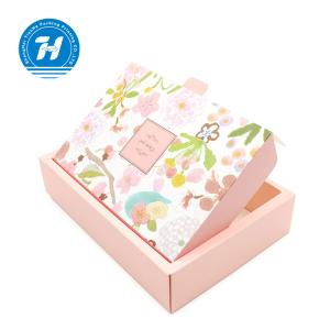 China Exquisite Garment Packing Boxes Fashionable Appearance Unique Design on sale
