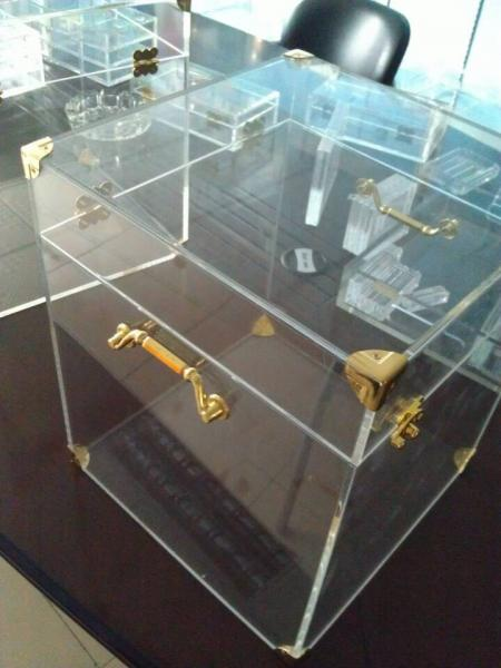 4mm Acrylic Display Case Clear , Plexiglass Storage Boxes With Lids Images