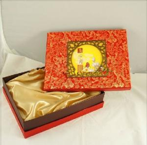 China Customized Chinese Moon Cake Boxes With Damask Printing 13 * 10 * 3 inch supplier