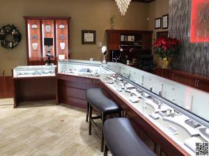 China Wonderful jewellery shop interior design jewelry display showcase MDF jewelry showcase on sale