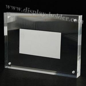 China Magnet acrylic picture frame in several sizes on sale