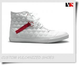 China Fashion Vulcanized Shoes on sale