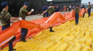 China Containment PVC Boom Oil Containment Rubber Boom Spill Containment Boom on sale