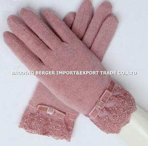 China 2014 classic pink new style 80%wool%20%nylon,ladies' cashmere gloves,back with lace on sale