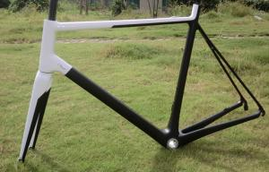 Quality Super Light Bike Frame Di2 Carbon Road Bicycle Frame of Internal Routing and Custom Painting HT-R066sl for sale