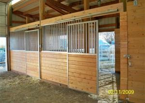 China Safety Galvanized Prefabricated Stables Copper Ball For Horses Stable on sale