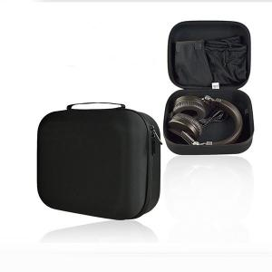 China Dust Proof Retractable Earphone Case , Velvet Pocket Inside Custom Headphone Case on sale