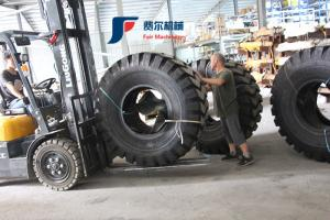 China Original XCMG Wheel Loader Spare Parts Wheel Loader Tires 3c180900215 23.5-25-16PR on sale