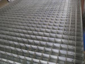 China Welded Mesh Animal Enclosure ( Galvanized before or after welding ISO 9001) on sale