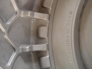 China Le moule lourd industriel de pneu de chariot élévateur, moule de pneu solide a roulé les RPA à roues blindés on sale