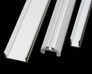 China 6063 - La Manche en aluminium de l'extrusion T5 avec PVDF/revêtement de poudre on sale