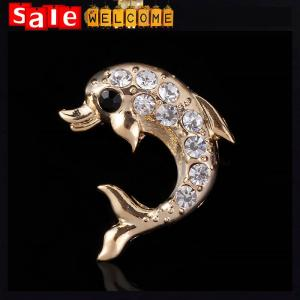 China Crystal Golden Fish Rhinestone Costume Animal Brand Elegant Costume Brooch Pins Badge on sale