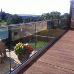Modern Design Aluminum u channel glass balustrade For Balcony