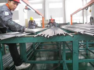China High Precision Cold Drawn Carbon Seamless Steel Tube EN 10305-1 ST 37.4 on sale