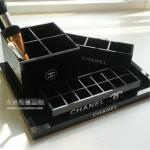 China Plexiglass Lipstick  Holder Acrylic Lipstick Display Stand Cube Storage Box for Cosmetics wholesale