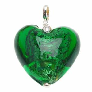 China Fashionable Green Heart Magnetic girl' s Murano / Lampwork Glass Necklace Pendants for decoration on sale