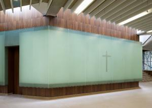 China Pure Glossy Jade Glass Stone Wall 2cm For Bathroom And Restroom on sale