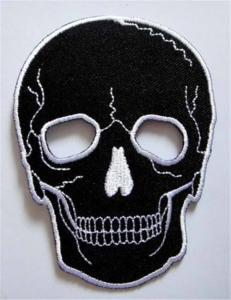 China Hierro bordado punky negro de la roca del motorista de la motocicleta del cráneo en remiendo on sale