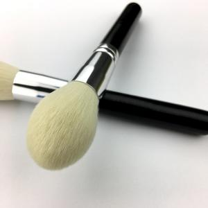 China Long Handle Makeup Blush Brush Goat Hair Material 17.8 cm Total Length on sale