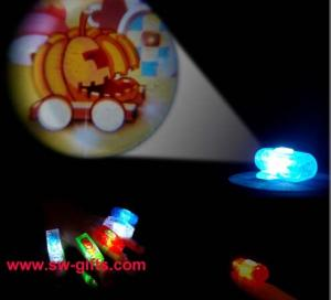 China Projection Finger Lights Cartoon Patterns Projector Lamps Mini Flashlight Projection Lamp on sale