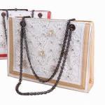 El cordón empaqueta las colecciones para 2013, hechas del cuero de la PU, para siempre 21 estilos