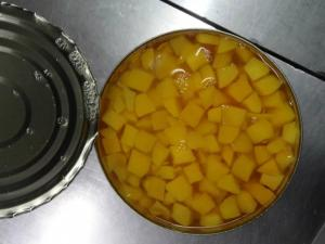 China Factory Price Fresh Canned Diced Yellow Peach A10 in Light Syrup/in Heavy Syrup as request on sale