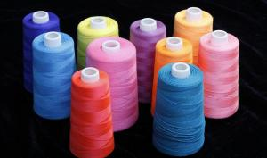 China High Elasticity 100 Spun Polyester Sewing Thread Soft Hand Feeling Friction Resistant on sale
