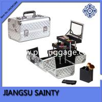 China Solid silver color train makeup cases for uk australia market on sale
