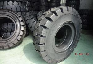 China Black Solideal Forklift Tires , Pneumatic Forklift Industrial Tyres 8.25-12 on sale