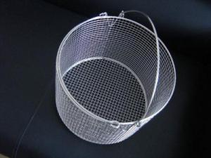 China 100 micron 304 304l stainless steel wire mesh round basket on sale