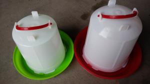 China Hanging Chicken Waterer Poultry Farms Chicken Drinkers on sale