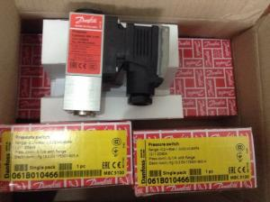 China Mbc 5100 Block - Type  Compact Pressure Switches For Marine Applications 061b010466 on sale