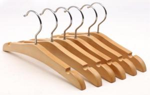 China Wholesale Cheap Baby Clothes Hanger With Notches on sale
