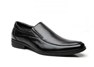 China Slip on Loafers Black Durability Mens Casual Dress Shoes For Formal Events on sale
