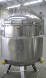 China Industrial Sterilization Equipment Vertical Autoclave For Herb Products / Log on sale