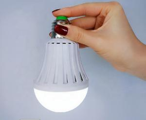 China Rechargeable Emergency Led Light Bulbs Indoor 18w Led Bulb Ac100 - 240v on sale