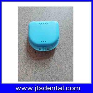 China 78x79x28mm different color plastic mouth guard case,dental case,retainer case on sale
