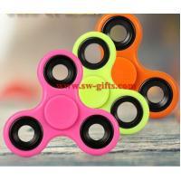 2017 popular toy hot fidget spinner, factory low price LED finger spinner, enough stock hand shinning spinner toys
