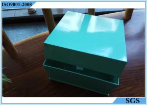 China Cuboid Green Custom Gift Boxes Logo Printing Good Toughness For Ferfume on sale