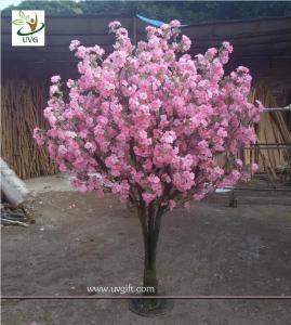 China UVG CHR134 artificial wedding flowers with wooden fake cherry blossom trees for indoors on sale