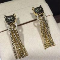 C earrings, 18K gold, inlaid with 34 round bright cut diamonds, Shafrey garnet leopard eyes, Onyx factory in China