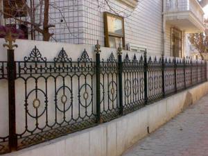 China Yard Decoration White Cast Iron Fence Grills / Custom Wrought Iron Fence on sale
