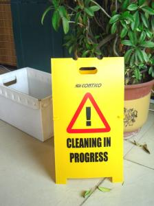 China Floor sign/Plastic sign/Caution sign/Warning sign/Safety sign on sale